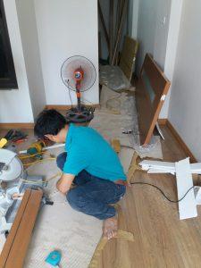Cuadepvn lắp đặt cửa gỗ Huge tại nhà anh Chính Phan Đình Giót
